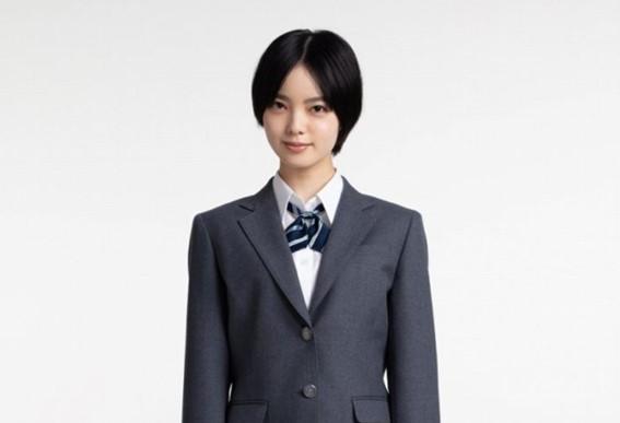 平手友梨奈の制服姿