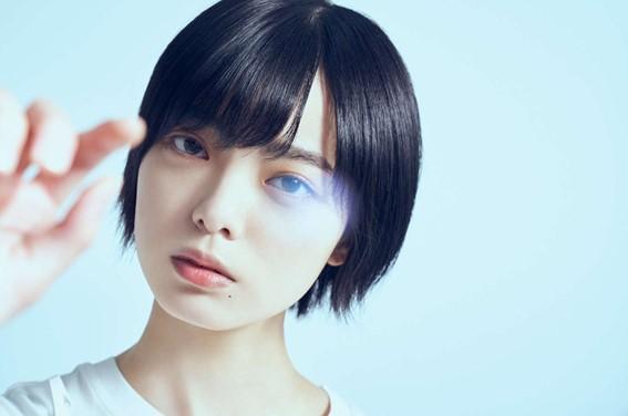 平手友梨奈の顔写真
